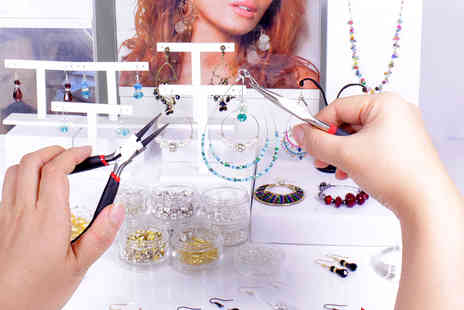 Minxys Jewellery - Hoop Earring Jewellery Workshop for One  - Save 70%