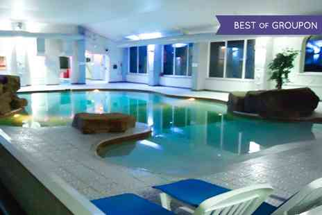 Cleopatras - Spa Day For One With Treatments - Save 55%