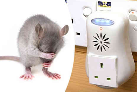 Verage Group - Ultrasonic Plug In Pest Repellent with LED Night Light - Save 0%