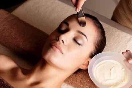 Pure Aesthetics - Classic Aromatic Facial With Scalp Massage - Save 46%