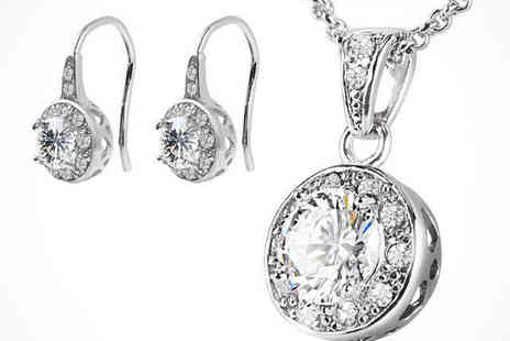 Youri deal gift store - Solitaire Pendant and Earrings made with Swarovski Elements - Save 93%