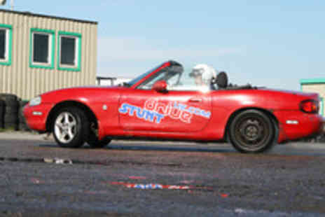 Stunt Drive UK - Stunt Driving Experience in a Choice of Cars - Save 60%