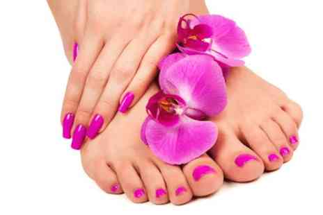 Royas holistic therapies - Shellac or gel manicure & pedicure - Save 69%
