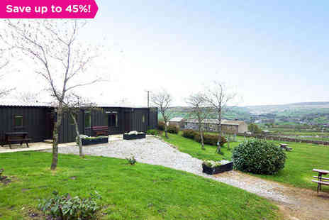 Westfield Lodge  - A Walkers Dream in Bronte Country - Save 45%