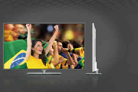 Click Electricals - Hisense 42 inch 3D Smart TV or Hisense 50 inch 3D Smart TV Plus DELIVERY INCLUDED - Save 35%