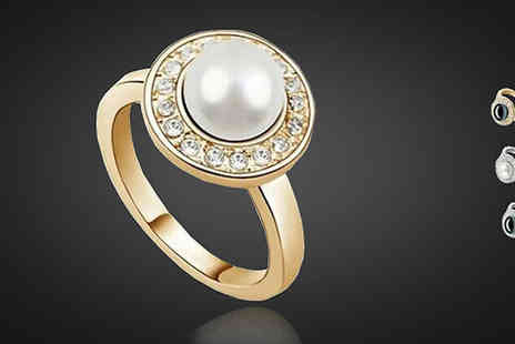 Crazee Trend - Crystal Encrusted Pearl Ring - Save 86%