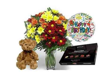 FlowersDelivery4U - Beautiful bouquet of mixed Chrysanths & a hamper full of goodies - Save 81%