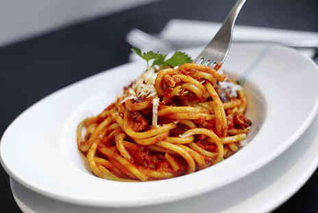 Vivere Italian Restaurant - Starter and Pizza or Pasta Main Course for Two  - Save 51%