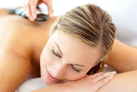 De stress Health and Beauty  - Back, Neck, and Shoulder Hot Stone Massage with 'Deep Cleansing Facial  - Save 62%