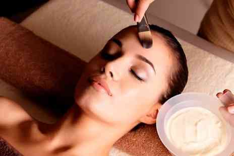 Guys N Dolls - Specialist Facial Such as Snake Venom Mask or Glycolic Peel - Save 54%