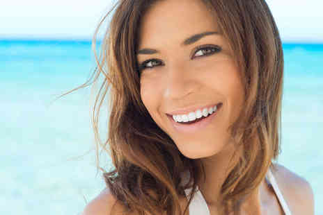 Harley Street Whitening Clinic - Laser Teeth Whitening Treatment - Save 74%