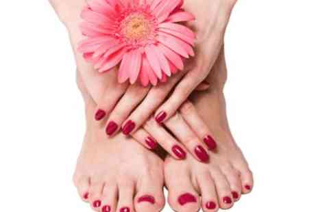 Beauty and cut - Express Shellac Manicure and Pedicure - Save 0%