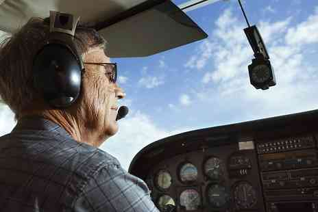 Leading Edge Flight Training - 30 Minute Flying Lesson With One Year Standard Membership - Save 59%
