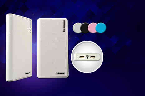 Gizmo Gadgets - Portable dual power bank smartphone charger in four colours - Save 86%