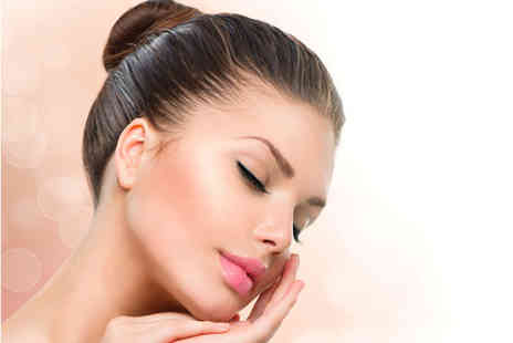 Supreme Skin Clinic - One session of diamond microdermabrasion - Save 51%
