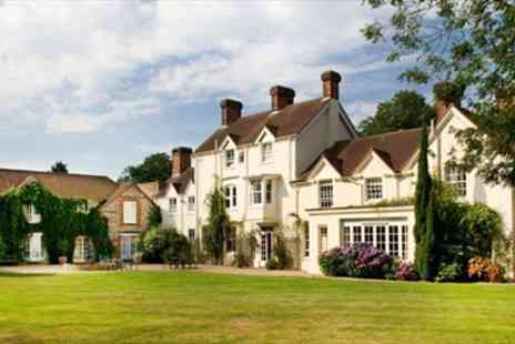 Esseborne Manor - Delightful Hampshire Manor Stay with 7 course Dinner - Save 49%