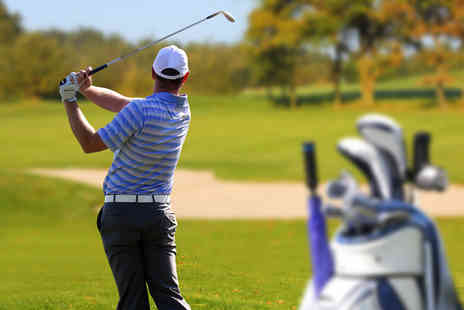 Grange Park Golf Club - Two 30 minute golf lessons with a PGA professional   - Save 70%