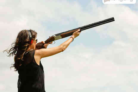 London Clay Shooting - Clay Pigeon Shooting Experience for One with 25 Clays Each - Save 51%
