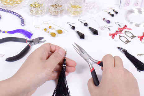 Minxys Jewellery - Three Hour Introduction to Jewellery Making Class for One  - Save 78%