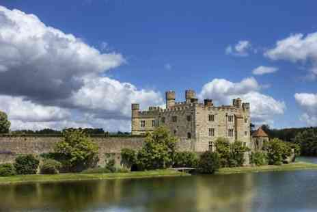 Premium Tours - Ticket to Warwick Castle, Stratford and Oxford Tour with Premium Tours  - Save 50%