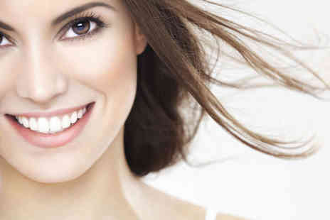SDC Clinic - Standard  or Advanced Zoom Laser Teeth Whitening Treatment - Save 84%