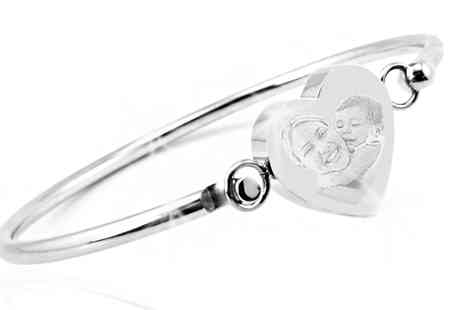 Jewellery Bank - Personalised Heart Bangle - Save 64%