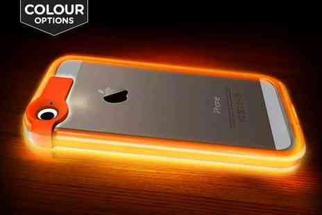 Emyub  - iPhone 5/6/6 Plus Light-Up Case and Charging Cable - Save 70%