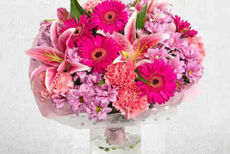 iflorist  - Candy Pink or Mellow Yellow Flower Bouquet - Save 57%
