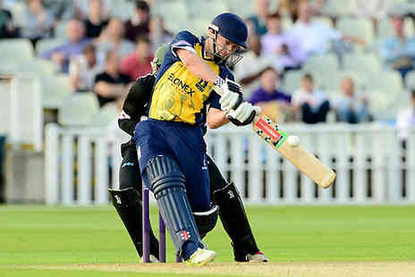 Warwickshire CCC - Standard ticket to see the Birmingham Bears - Save 0%