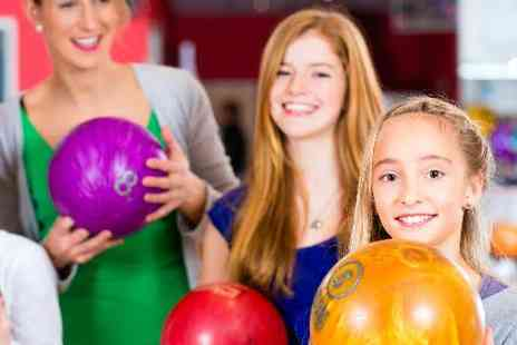 MFA Bowl Blackpool - MFA Bowl Birthday Party for up to 10 kids - Save 39%