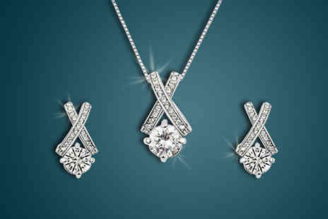 Finishing touch - Crystal Kiss Jewellery Set - Save 88%