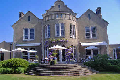 Hotel Felix - Elegant King Size Stay in Cambridge with 2 AA Rosette Fine Dining and Punting Tour - Save 48%