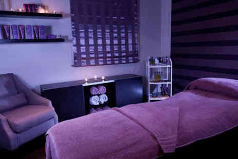 Viva Urban Spa - Spa day for two including a 25 minute treatment each, cake and coffee   - Save 47%