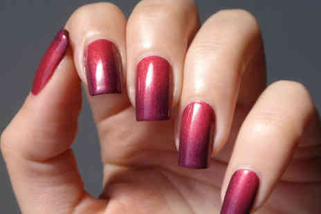 Stephs Heavenly Beauty - Colour changing manicure  - Save 60%