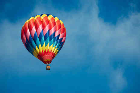 Balloons Over Britain - 60 minute hot air balloon flight  - Save 40%