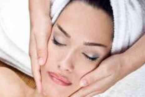 The Beauty Suite - Hour Long Facial - Save 69%