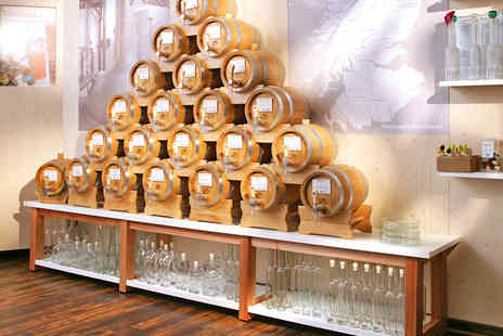 VOM FASS - Whisky Tasting Experience with a Glass of Gold Cuvée for One  - Save 58%