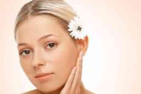 FDL Hair & Beauty - Mothers Day beauty pamper package - Save 74%