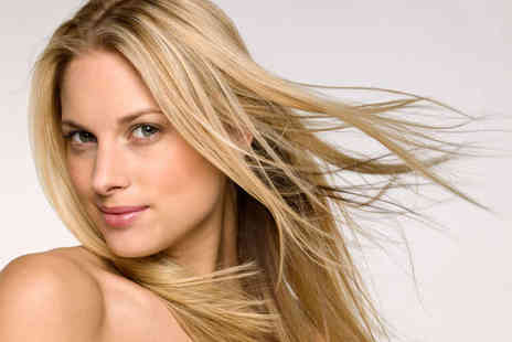 Headquarters Hair Studio - Haircut and Blow Dry with Choice of T-Section of Highlights or Full Head of Colour - Save 62%