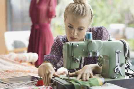 Sewin Skool - Four Hour Beginners Sewing Class For One - Save 0%