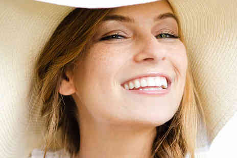100 Harley Street - Laser Teeth Whitening Treatment with Home Whitening Kit - Save 78%