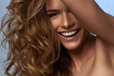 Exquisite Hair and Beauty - Full head of highlights package  - Save 0%