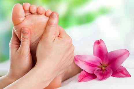 The Hampden Foot Clinic - Chiropody Treatment, Dermojet Verruca Treatment or Biomechanical Assessment - Save 44%