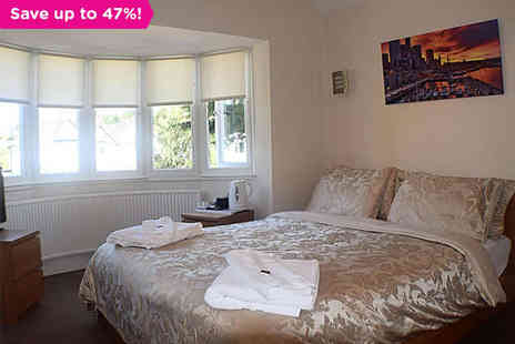 Broadoaks B&B - One night stay for two with breakfast - Save 47%
