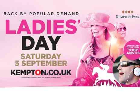 Kempton Park Racecourse - Grandstand Ticket to Ladies Day  - Save 0%