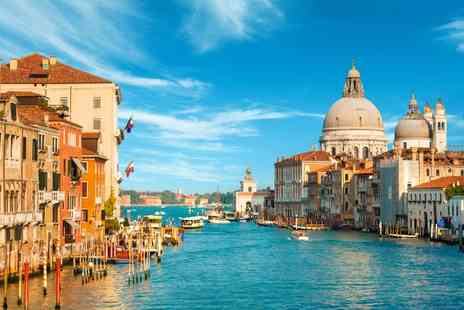 Apogia Sirio Venezia Mestre - Three or Two nights stay  with breakfast - Save 0%