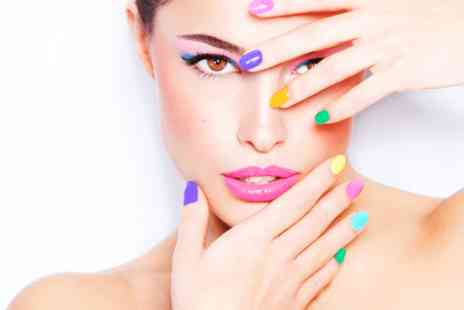 Fabi Fabulous Hair and Beauty - Shellac manicure & pedicure - Save 0%
