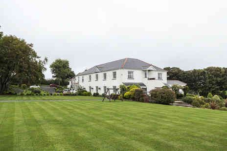 Beggars Reach Hotel - Former Rectory Country House Hotel Stay in Pembrokeshire - Save 0%