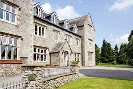 Stonecross Manor Hotel -  Lake District Escape with Four Poster Room Meals and Bubbly - Save 49%