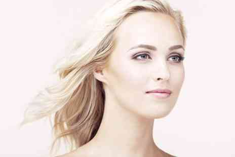 Skin Technology - Skin Tightening Eye Treatment - Save 63%